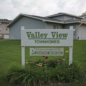 Valley View Townhomes Sign