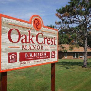 Oak Crest Manor Sign