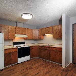 Kitchen & Entry
