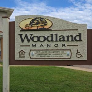 Woodland Manor Sign