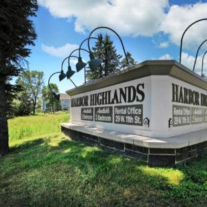Harbor Highlands Sign
