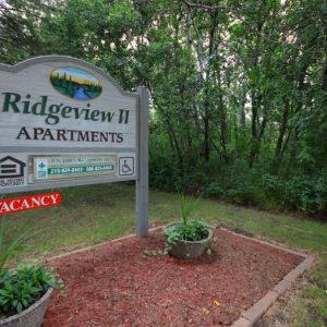 Ridgeview II Apartments Sign